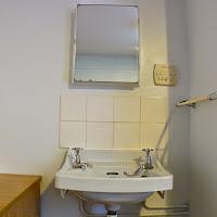 Room 01-sink