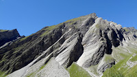 A okolo rastu vrhunci zasjenjeni špicom austrijskih alpi