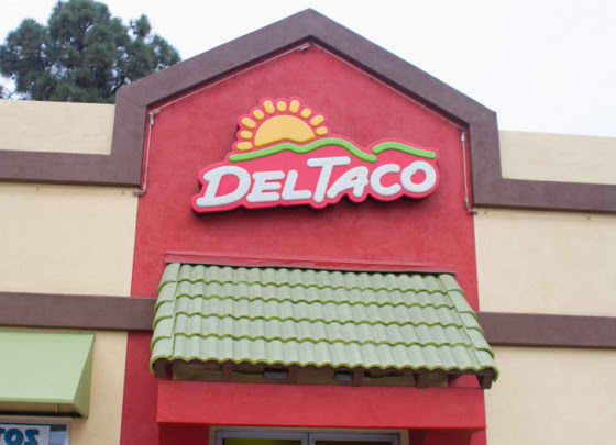 Del Taco's Epic Burritos and a Giveaway