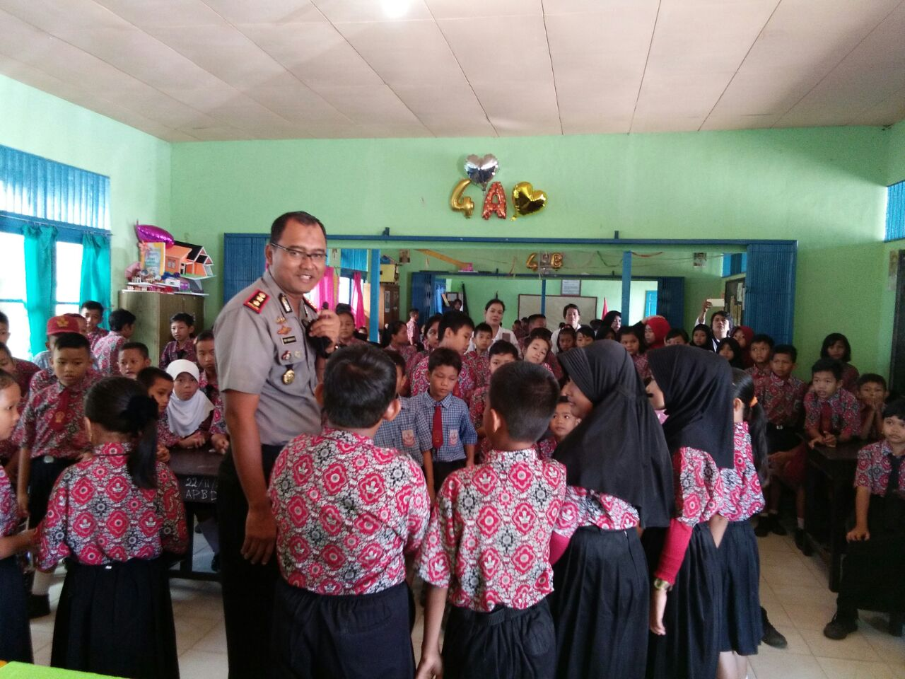 HUT Polwan 69, PolresGoes To School SDN 21 Sekadau