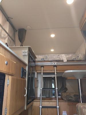 600SS Interior