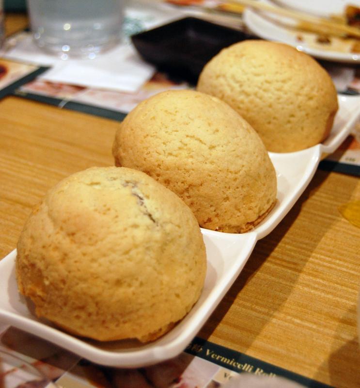 Tim Ho Wan pork buns