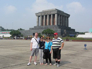 0250Chris,_Leng,_Dani_and_Dave_at_Ho_Chi_Minhs_Mausoleum
