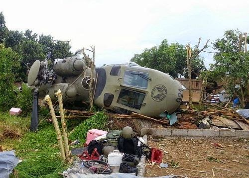 Helicopter Crash in Marawi, Mar Roxas is Safe & 2 injured 08_07_2014_02