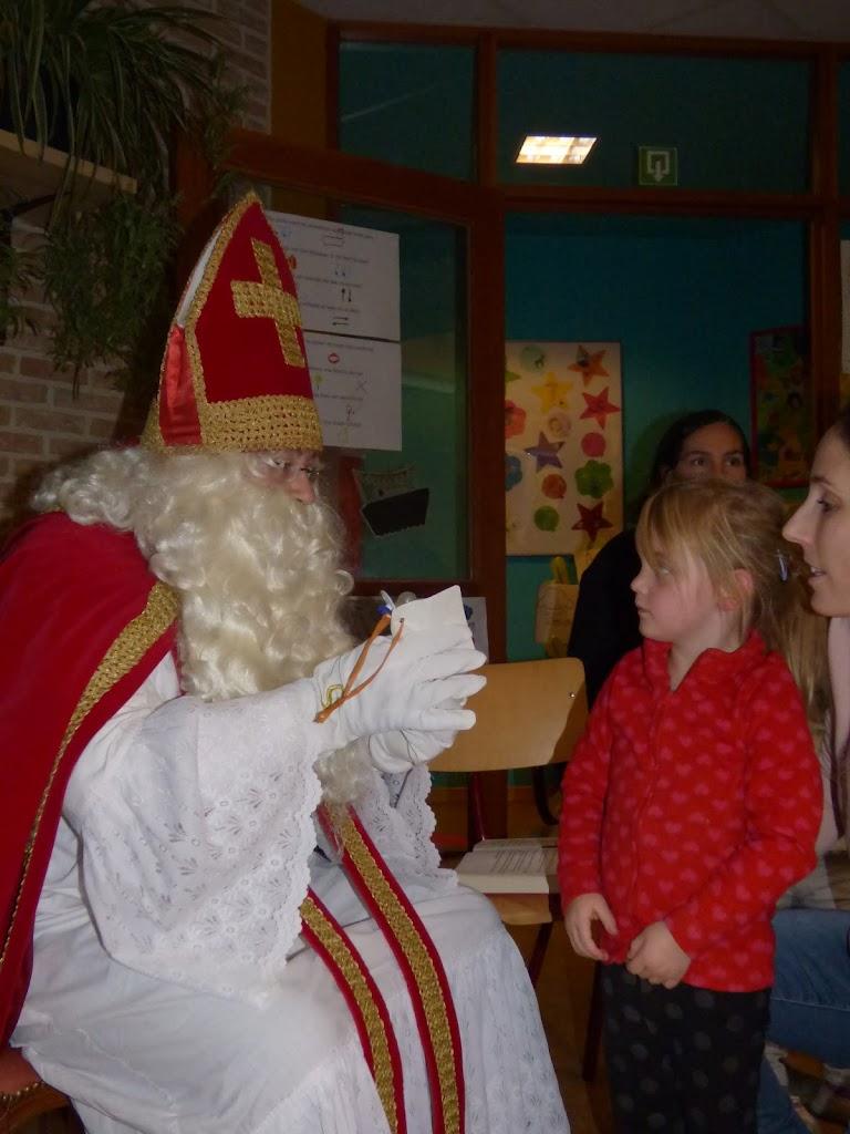 Sinterklaas op bezoek - P1060515.JPG