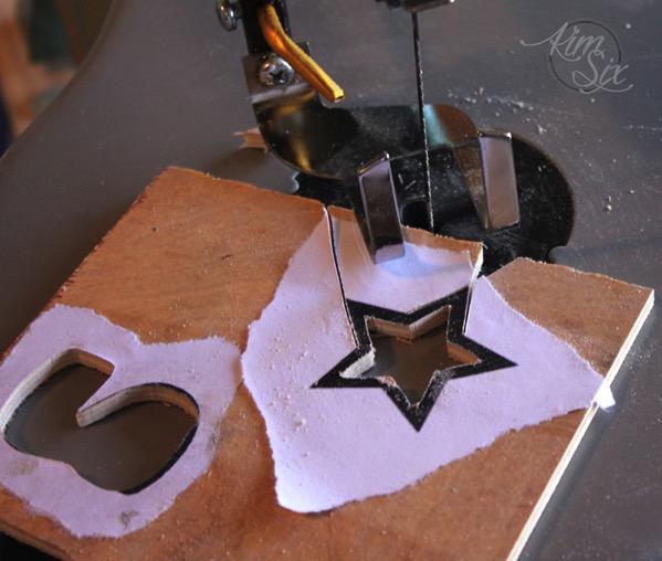 Cutting ornaments on scroll saw