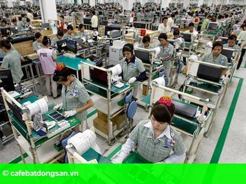 Hình 1: Samsung tự sản xuất phụ kiện: Ai phải tự trách mình?
