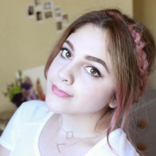 Natalia White Photo 14