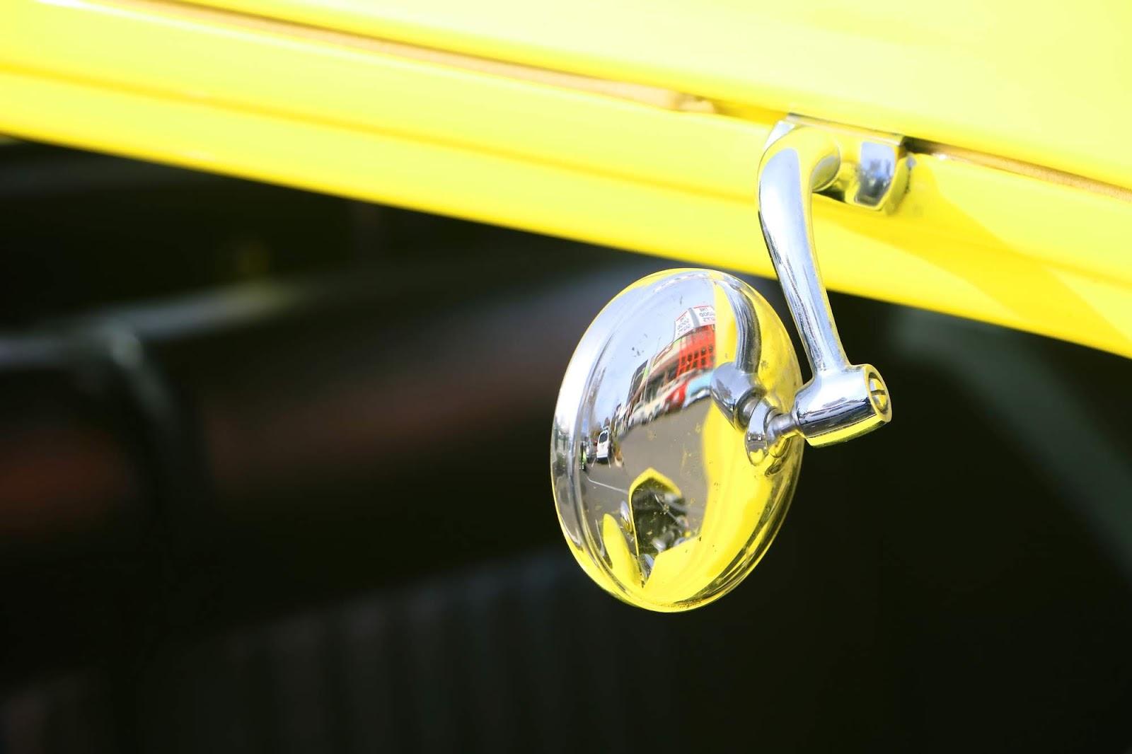 _Detail - Ford Hot Rod Yellow Mirror.jpg