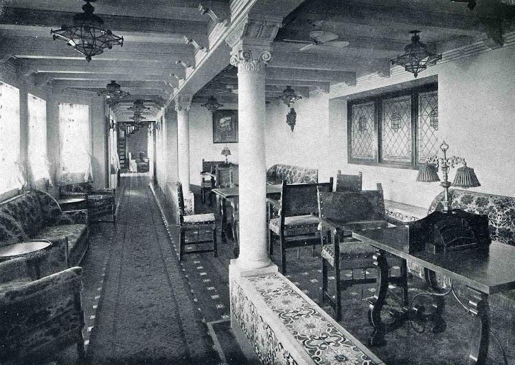 Galería de primera clase del vapor MAGALLANES. Libro Obras. S.E. de C.N. 1928.jpg