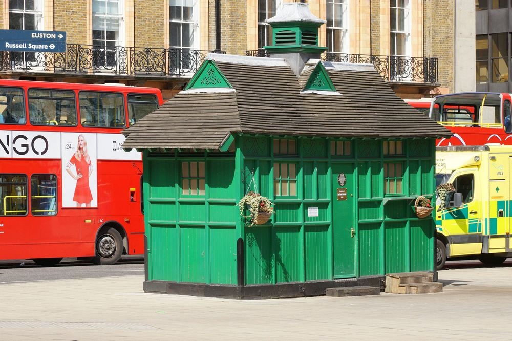 london-cabmen-shelters-12