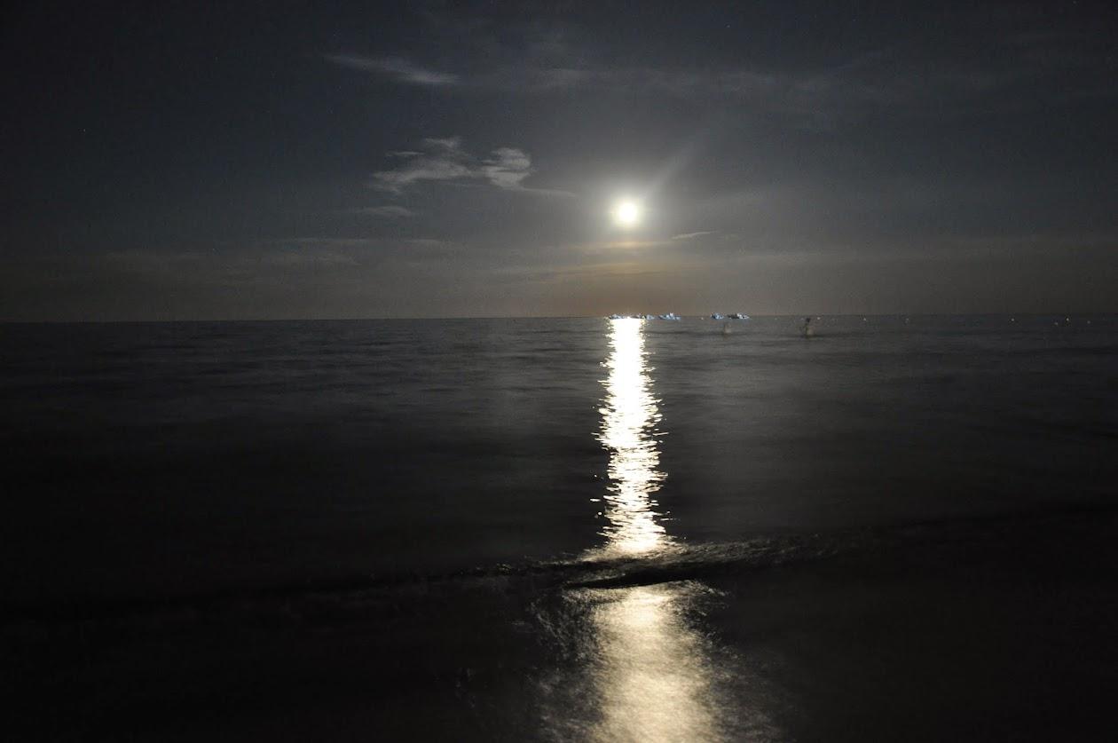 Полнолуние на пляже Ла Синта