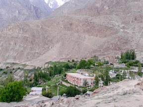 Eagles' nest Duikher, Hunza