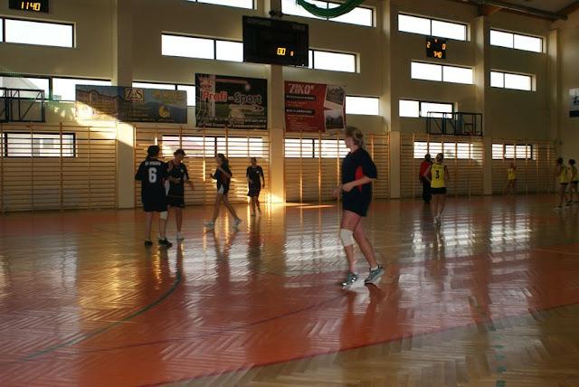Piłka ręczna zowody listopad 2011 - DSC03839_1.JPG