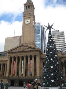Christmas Tree and Brisbane City Hall