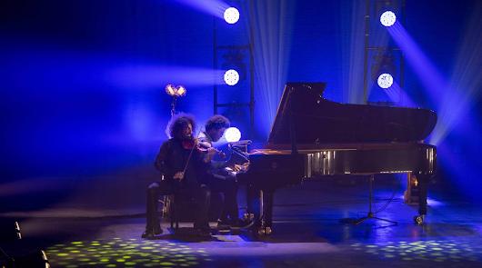 El diván de Ara Malikian llena de ilusión y talento musical el Maestro Padilla