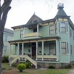 Yopp-Goodman House, built 1850, 215 North 6th Street