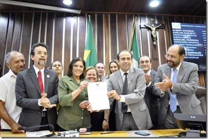 Governador sanciona reajuste para o Magistério - Fot Eduardo Maia  (1)