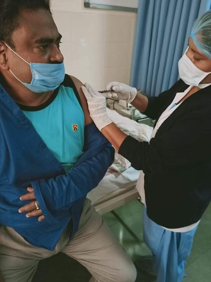 मिसाल बेमिसाल : कोरोना वैक्सीन के ट्रायल के लिए अपना शरीर किया दान छात्रों को ₹11 की गुरु दक्षिणा में बनाते हैं कलक्टर अब सुनील सेठी बना रहे हैं इन पर हिंदी फिल्म