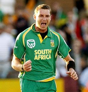 Latest Cricket News 2011: Big Bash T20 Updates   Champions League ...