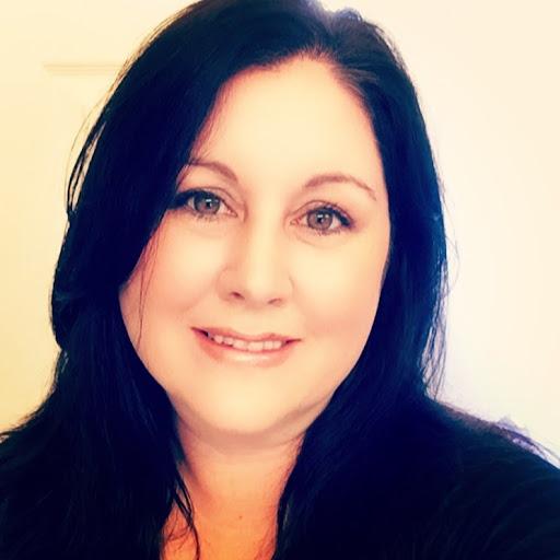 Lorraine Bennett