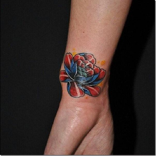 cuchillo_de_su_tatuaje_brillar