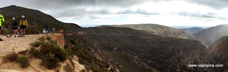 Near the top of Swartberg Pass