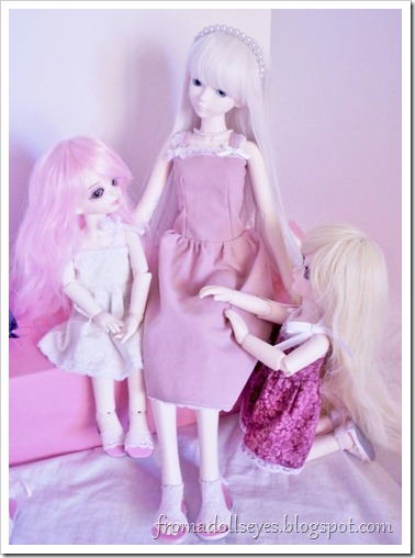 Let's gather around Hikaru the bjd.