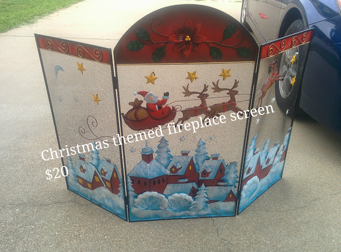 Christmas Themed Fireplace Screen in BuyAllTheThings Yard