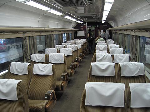 JR急行列車「はまなす」 札幌発車 6号車「ドリームカー」 車内 その1