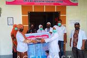 Komunitas KDPMP, Pengusaha Dan Politisi Bagikan Masker dan APD Untuk Paramedis Di Bireuen