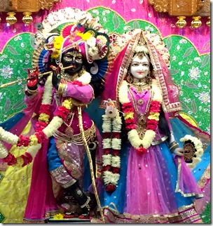 [radhakrishna_iskcon_central_nj]