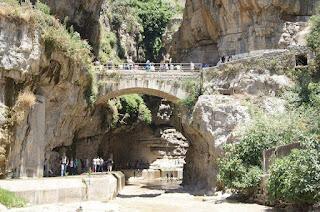La réhabilitation du chemin des touristes à Constantine boostera le tourisme de la ville, selon les responsables.