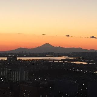 2016年元旦の夜の富士山 浦安からの眺め