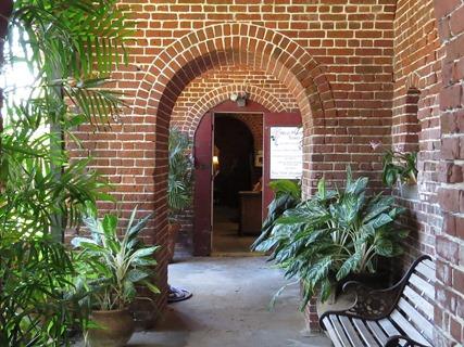 Garden Club / Fort