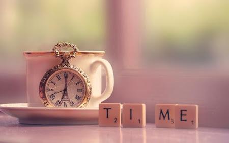 Cảm nhận thời gian trôi qua bằng bộ hình nền đồng hồ tuyệt đẹp