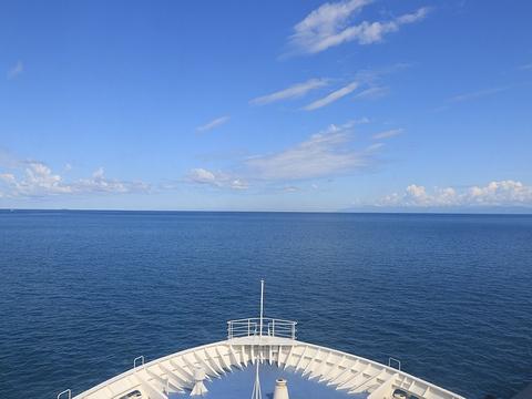 新日本海フェリー「らいらっく」 航行中 その1