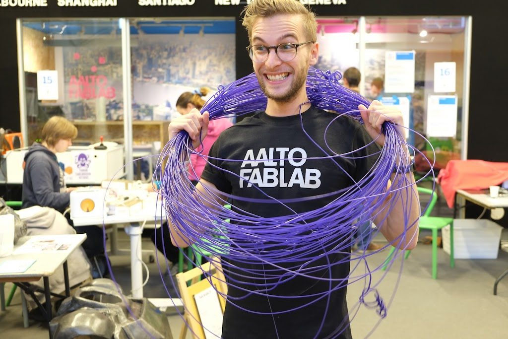 Charlie Banthorpe is glad because succeeded to make filament from trash.