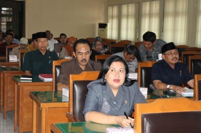 Gelar paripurna istimewa, DPRD tandatangani Berita acara Paslon Bupati Ngawi Terpilih