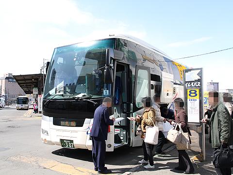 くしろバス「スターライト釧路号」 ・307 釧路駅バスターミナル改札中
