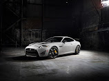 NEW YORK 2013 - Jaguar XKR-S GT revealed