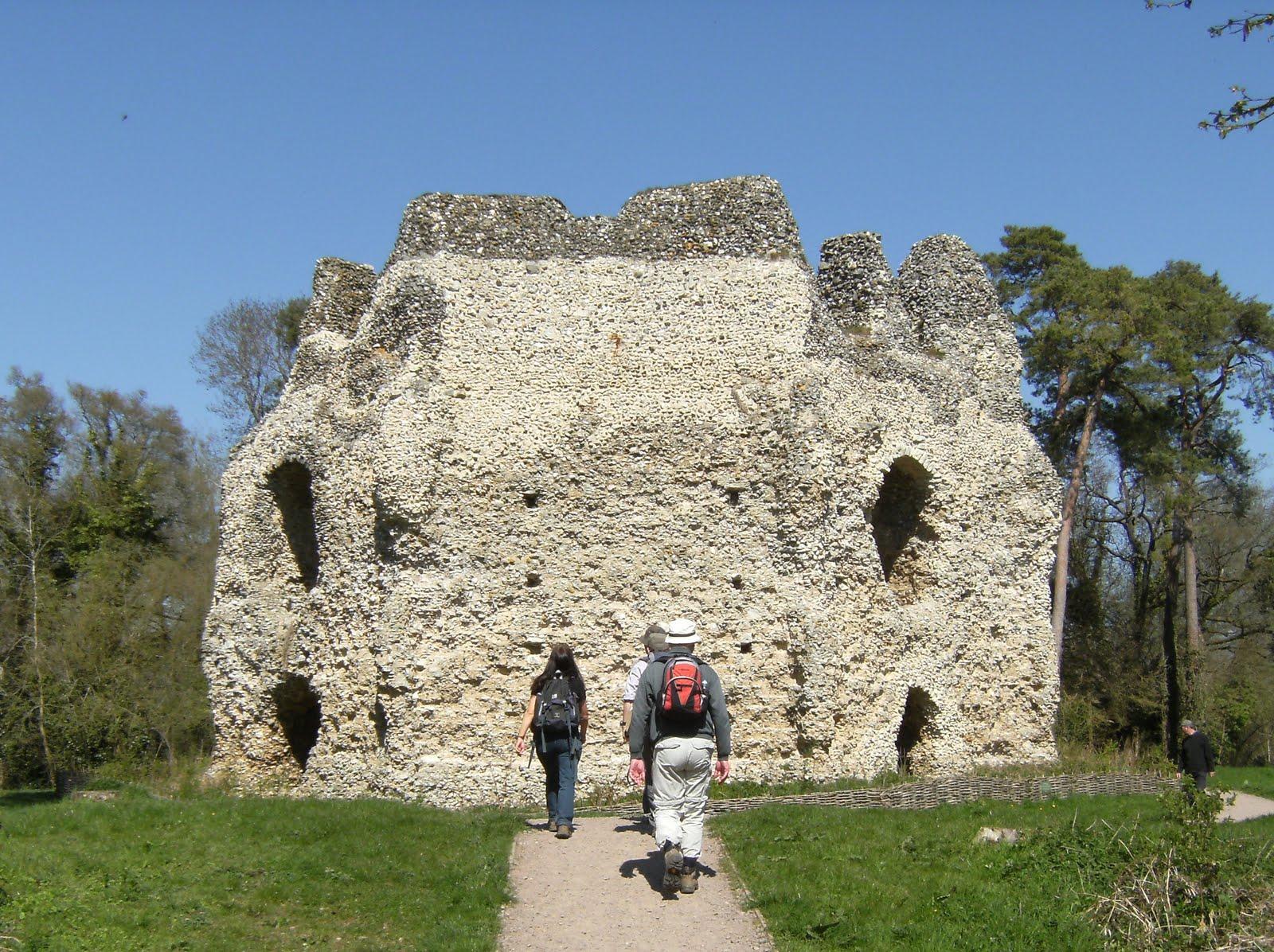 1004170013 Exploring Odiham Castle