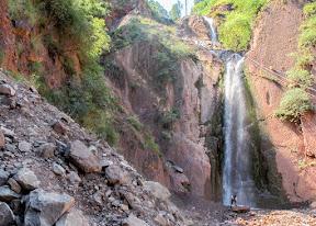 The massive Dhani waterfall.
