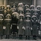 1917 Ongeveer Plechtige Communie.jpg