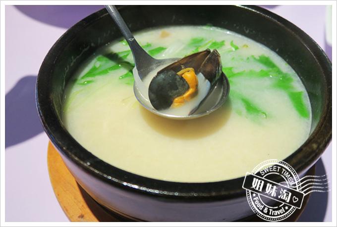 高雄巴沙諾瓦bossa Nova成功店香茅椰奶海鮮湯