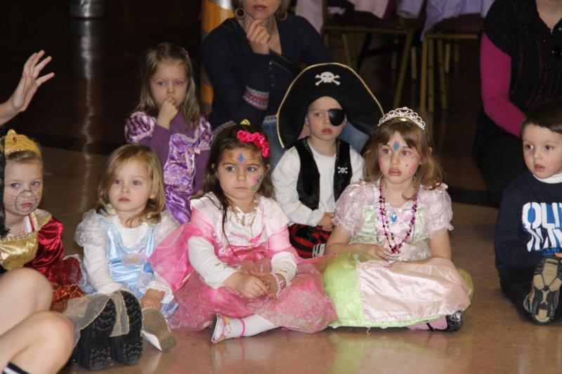 Mardi Gras for Kids - dsc00015.jpg