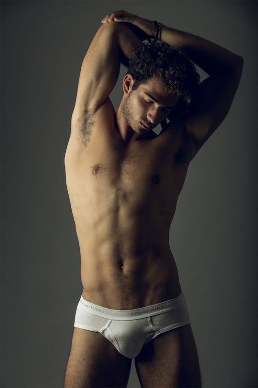 Miguel-Aguel-by-Photographer-Angel-Ruiz-160128-06 (1)