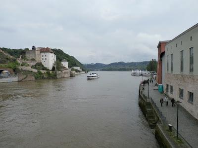 Blick auf die Donau stromabwärts