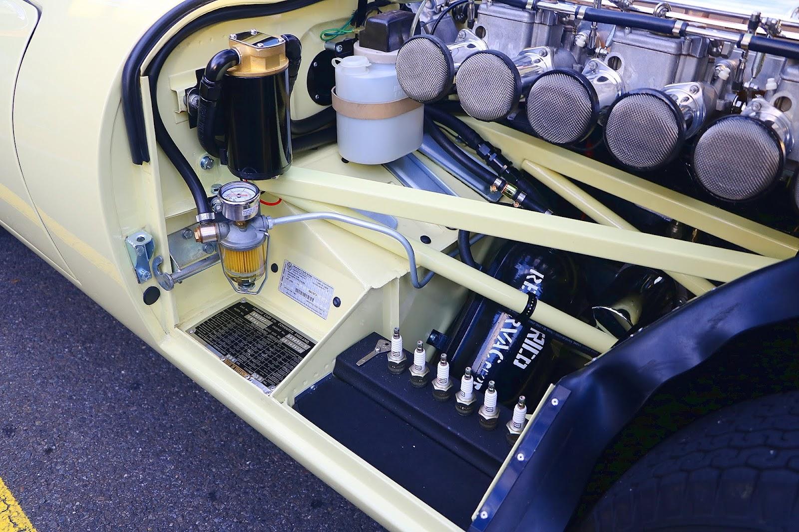 1964 Jaguar E-Type 3.8 Engine Bay 4.jpg