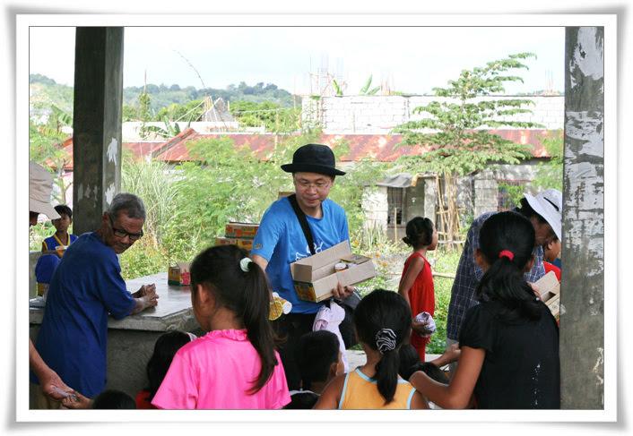2012. 11. 18. 필리핀 건축선교 (10).jpg